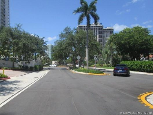 The Parc at Turnberry #1422 - 05 - photo