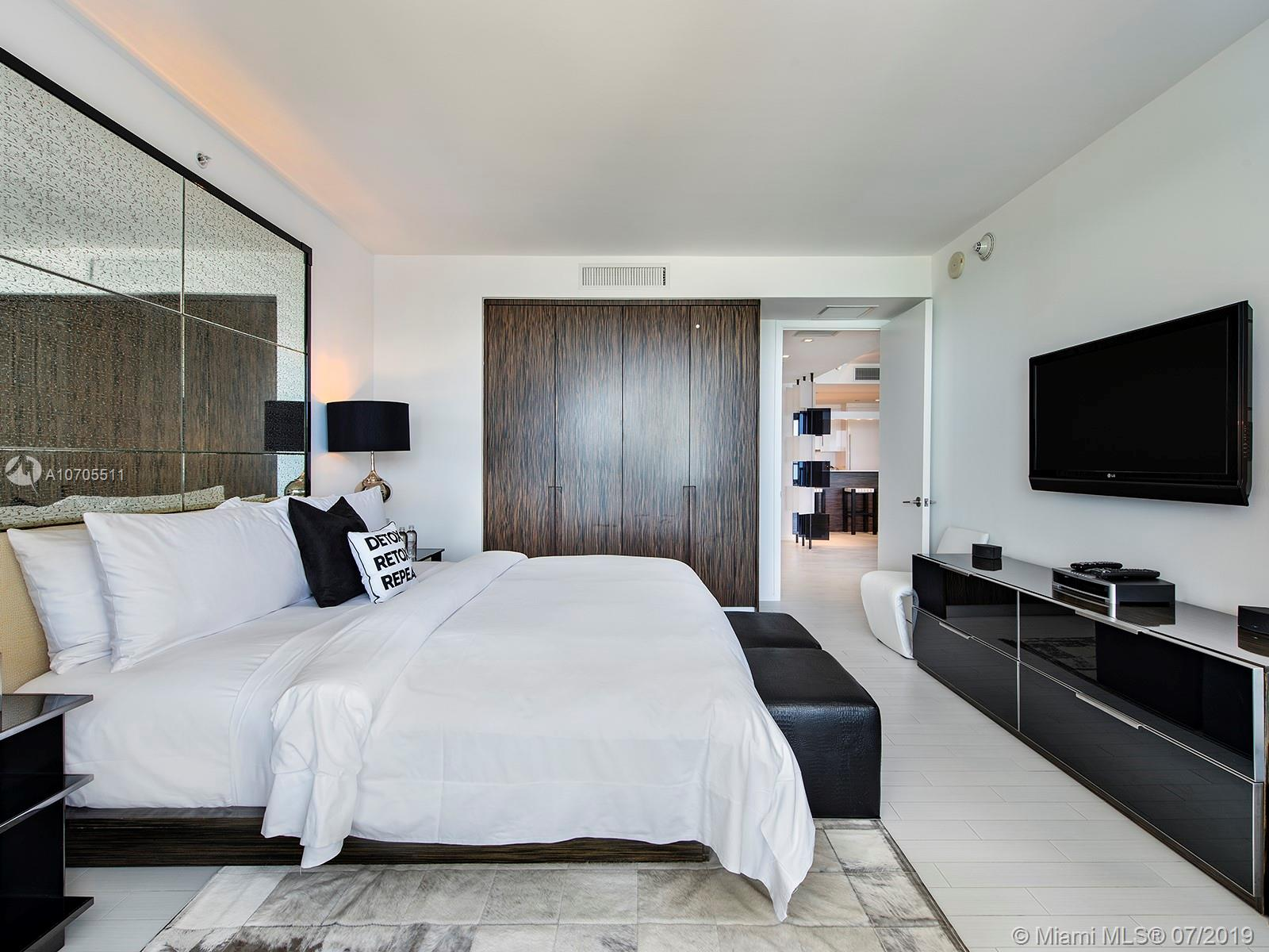 Property 2201 COLLINS AVE #1519 image 11