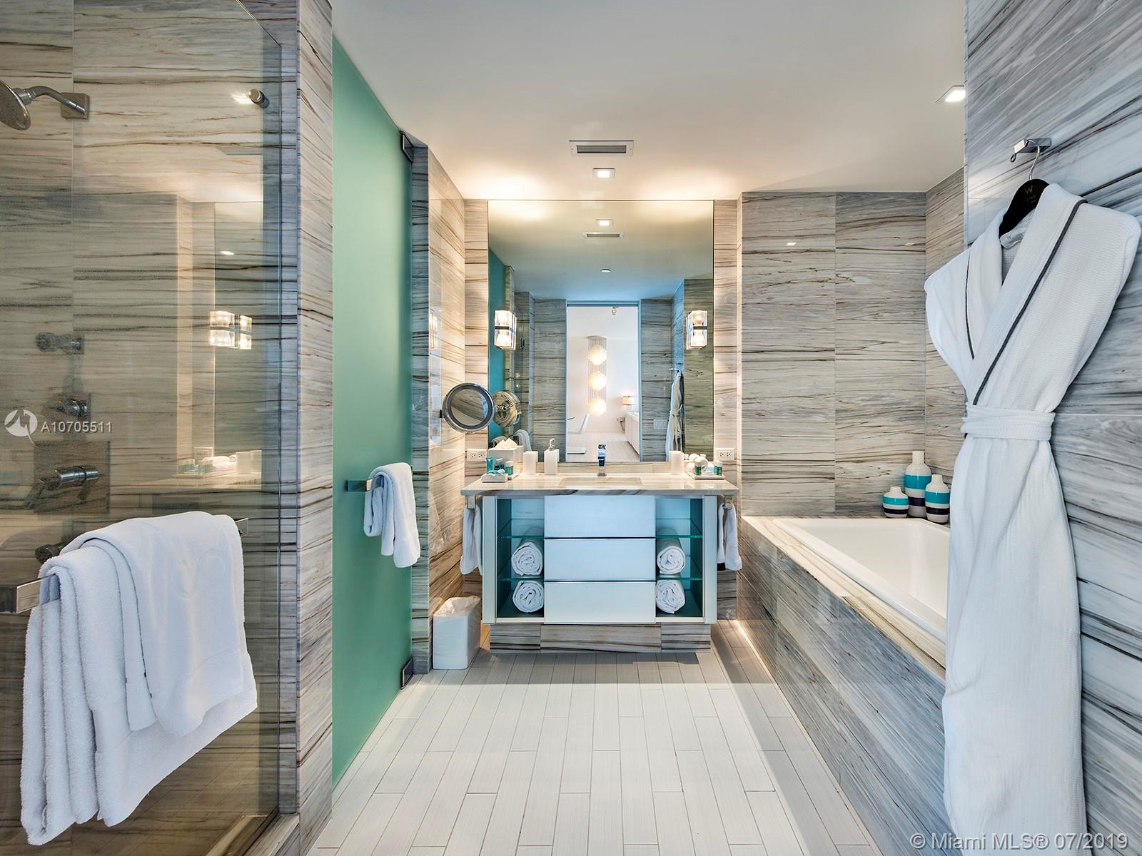 Property 2201 COLLINS AVE #1519 image 12