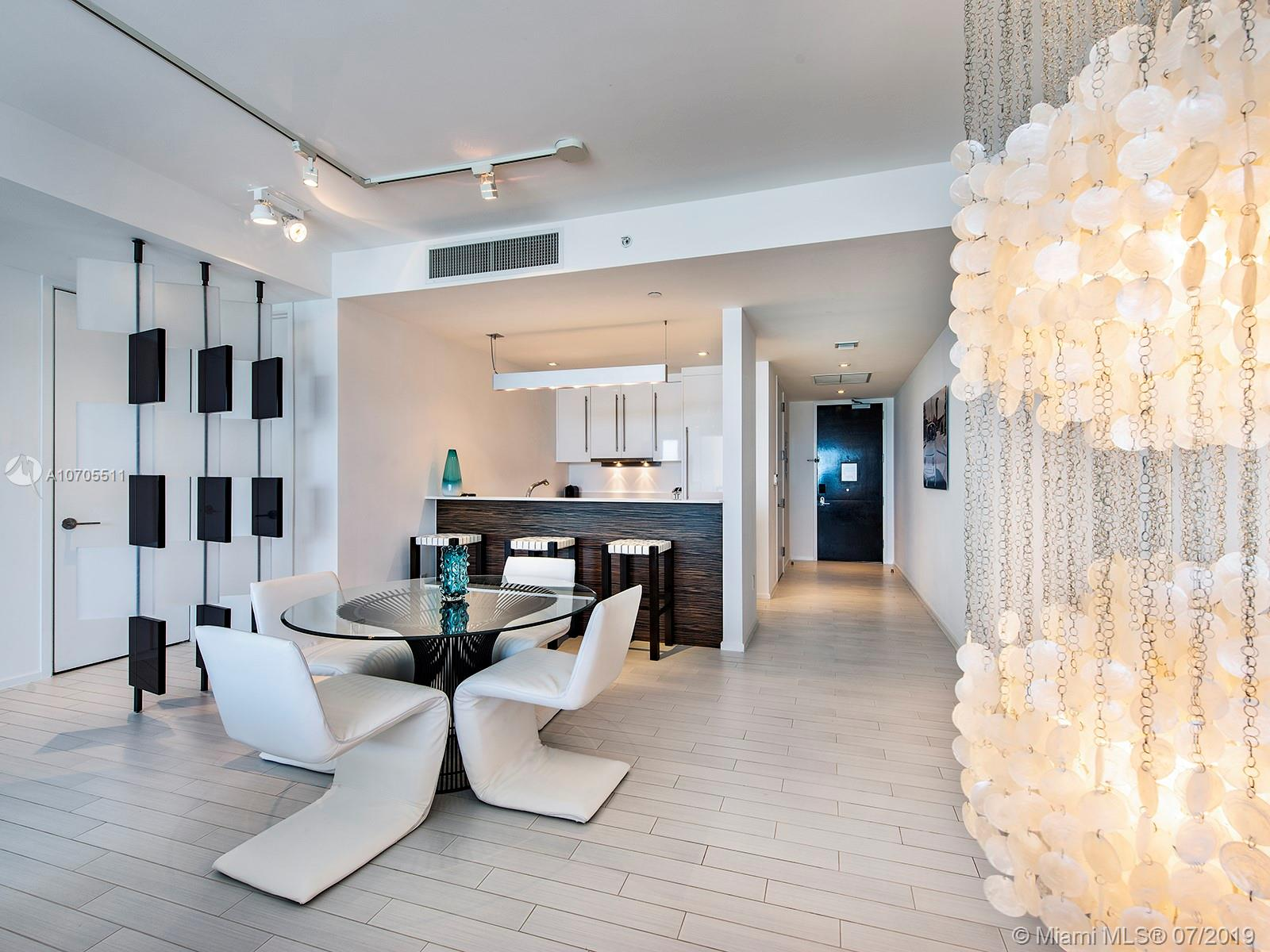 Property 2201 COLLINS AVE #1519 image 8
