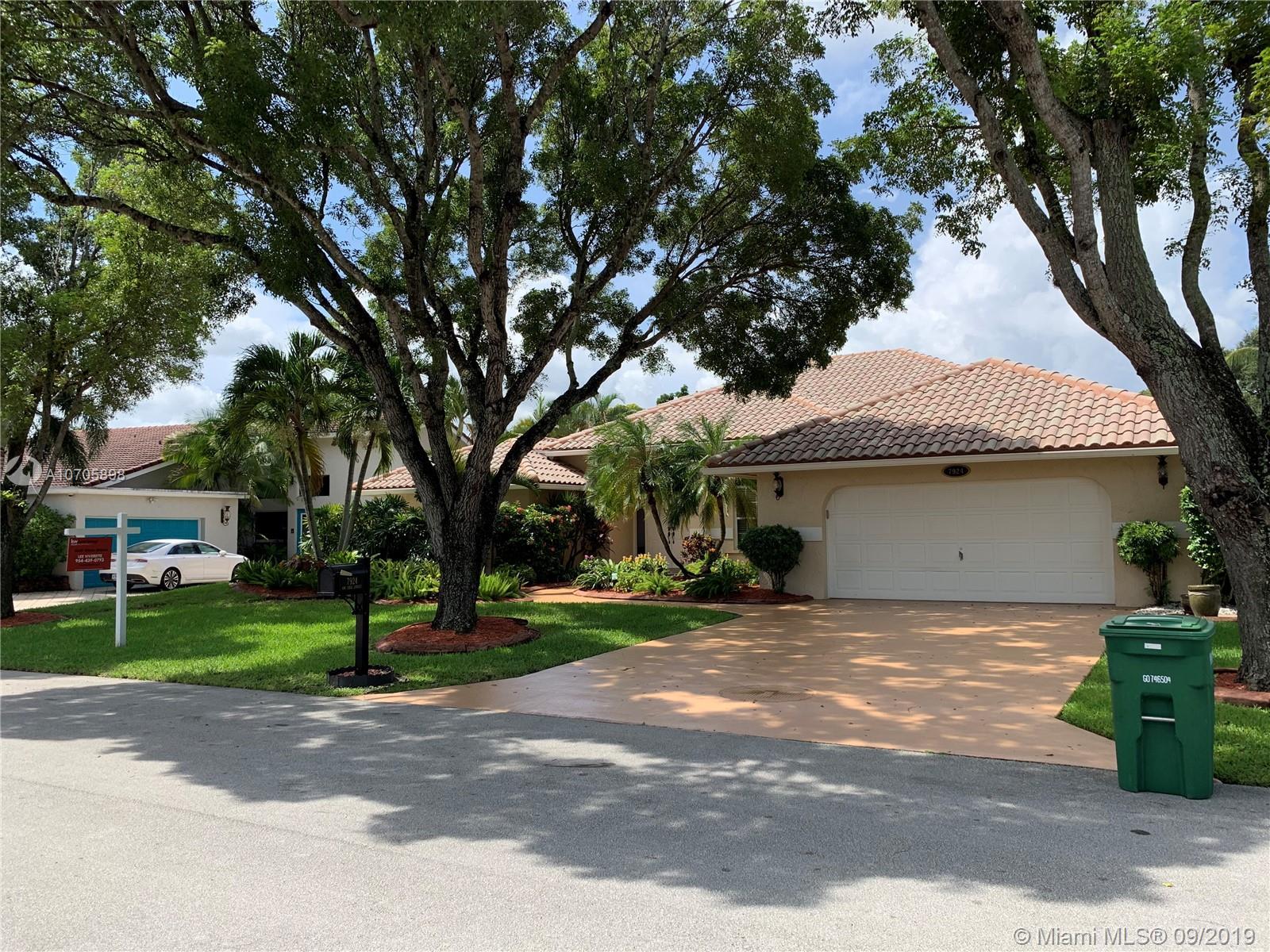 Property for sale at 7924 NW 83rd St, Tamarac FL 33321, Tamarac,  Florida 33321
