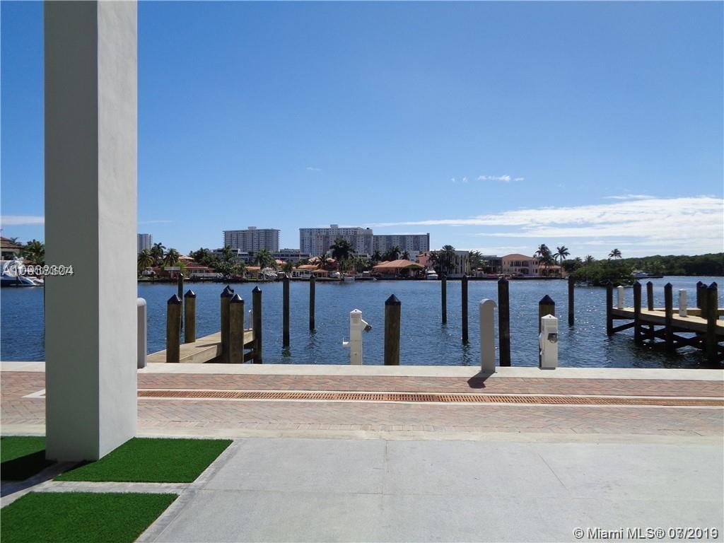 400 Sunny Isles Blvd #1016 photo08