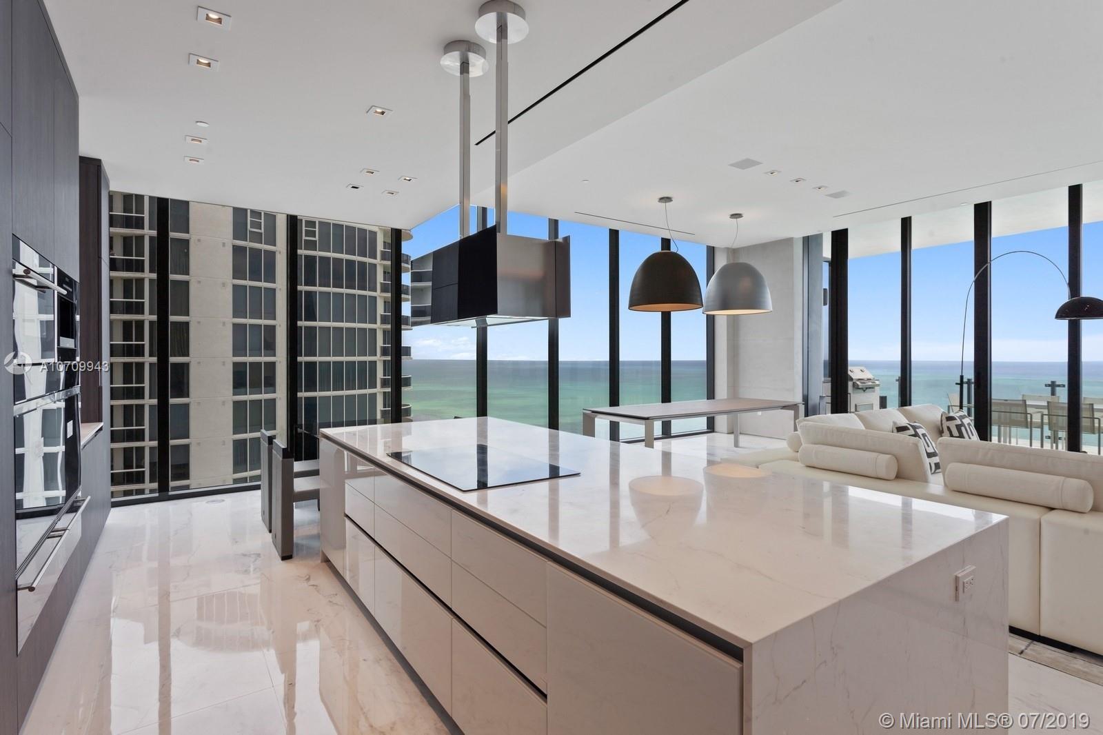 Аренда квартиры по адресу 17141 Collins Avenue, Sunny Isles Beach, FL 33160 в США