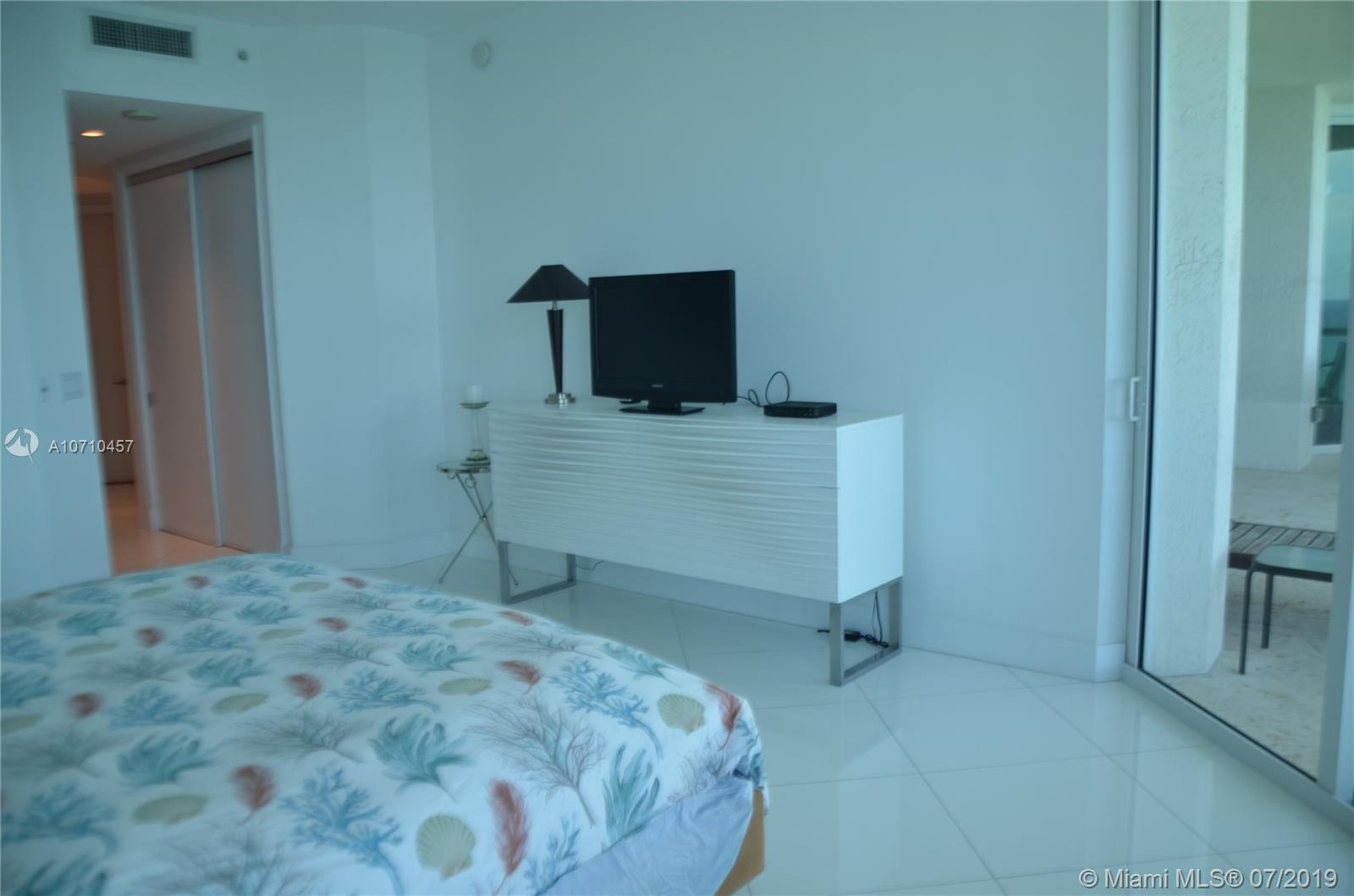 Property 16051 Collins Ave #2403 image 9