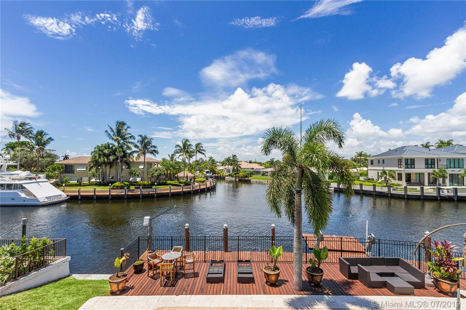 1121 SE 13th Ave - Deerfield Beach, Florida