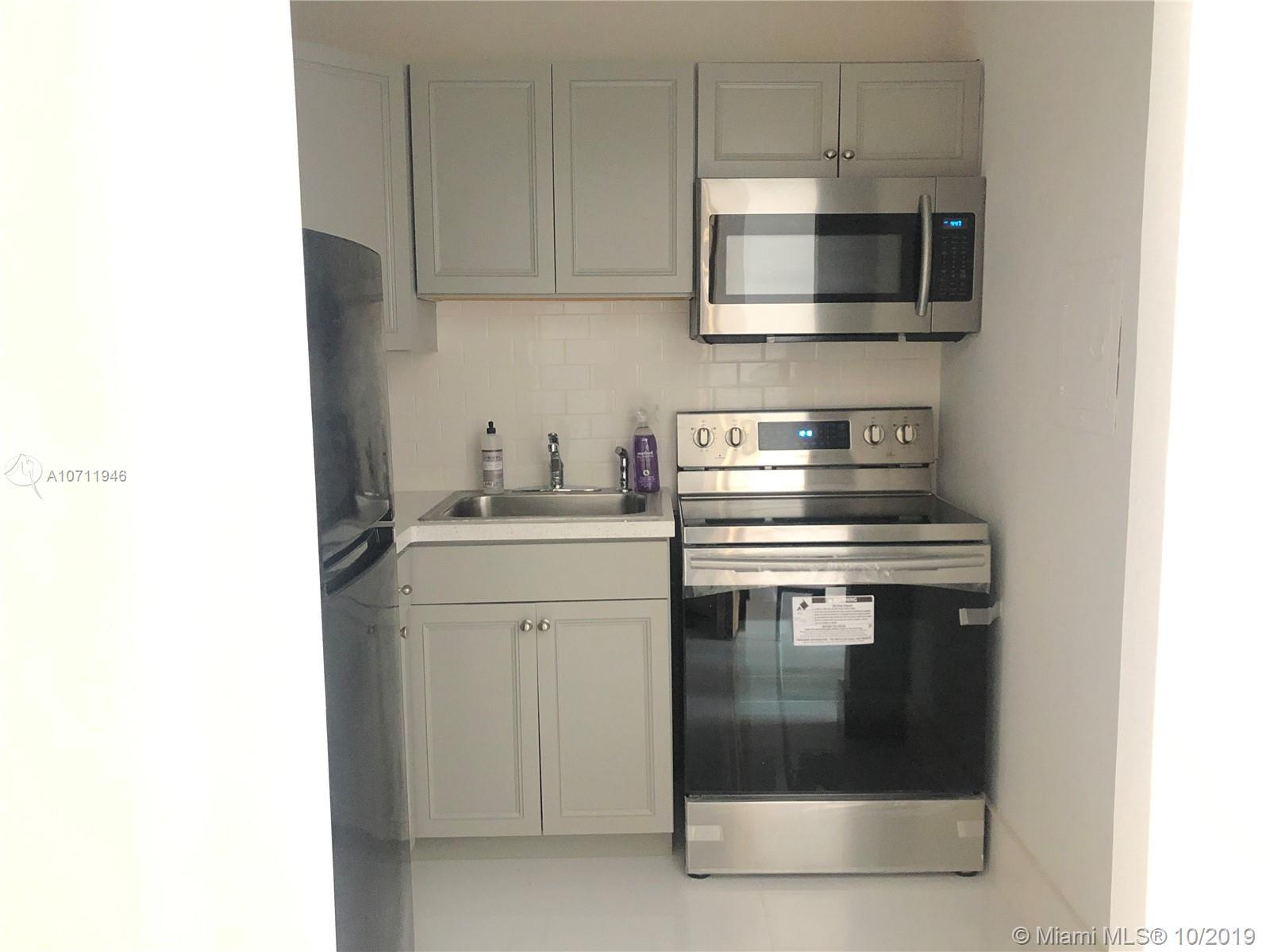 Property 7904 West Dr #712 image 2