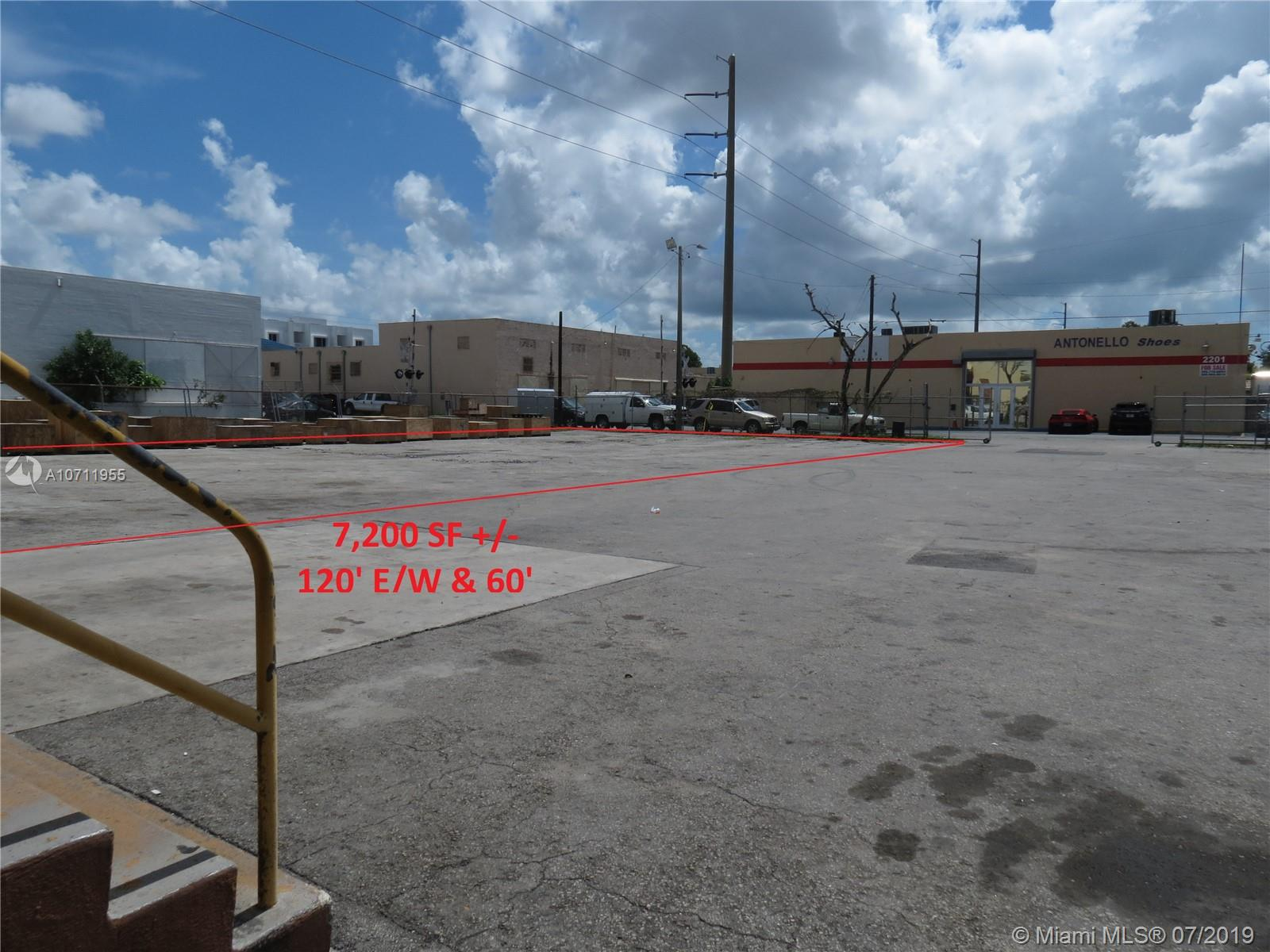 2200 NW 24th Ave - Miami, Florida