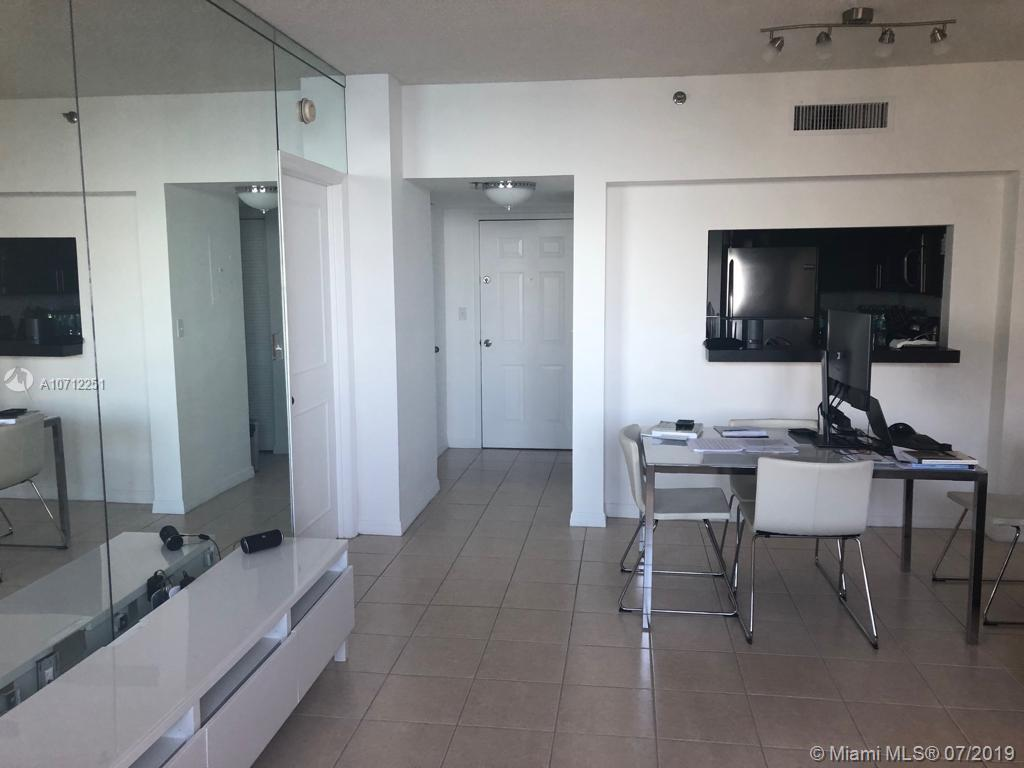 540 Brickell Key Dr #1703 photo017