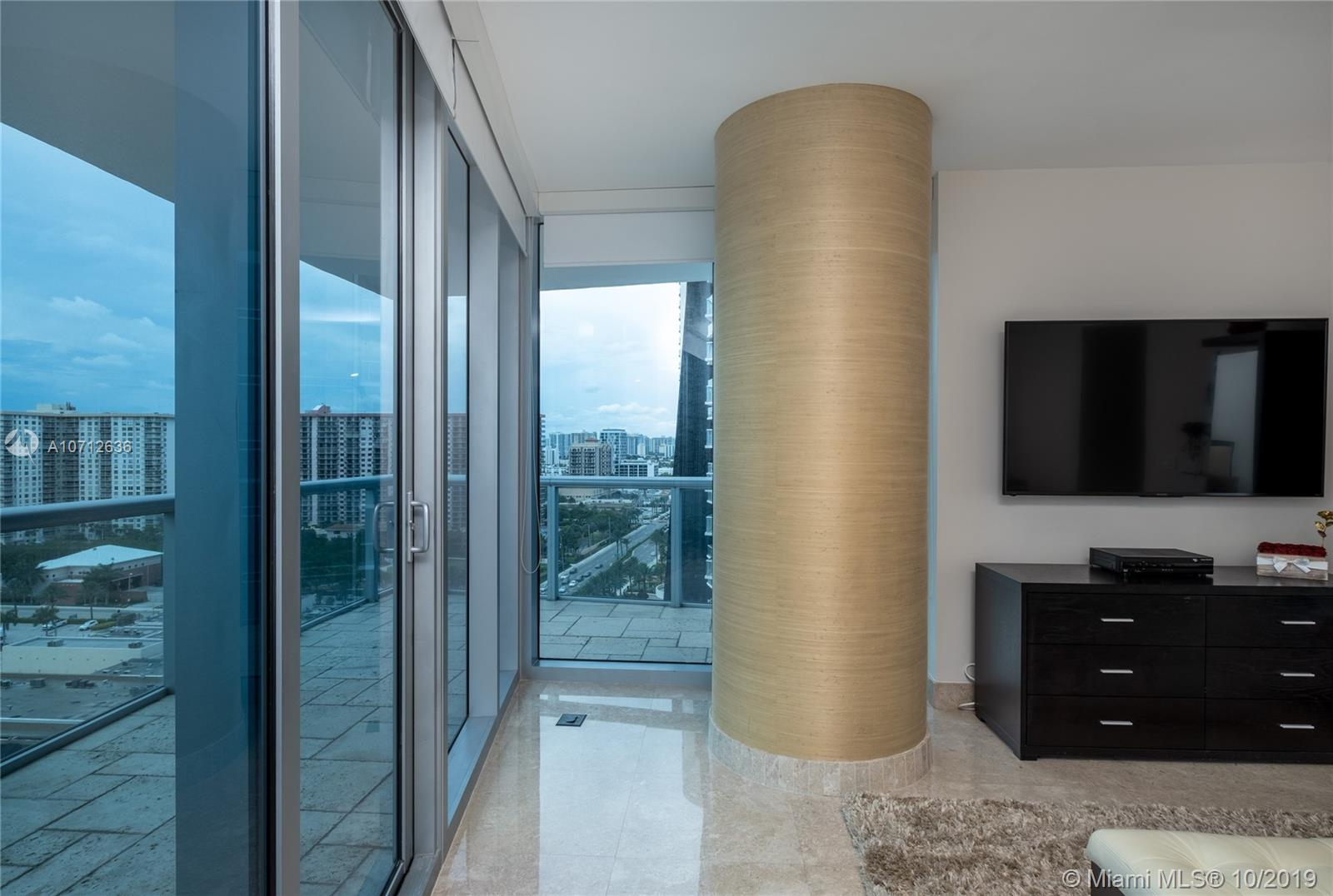 17001 Collins ave #1708 photo020