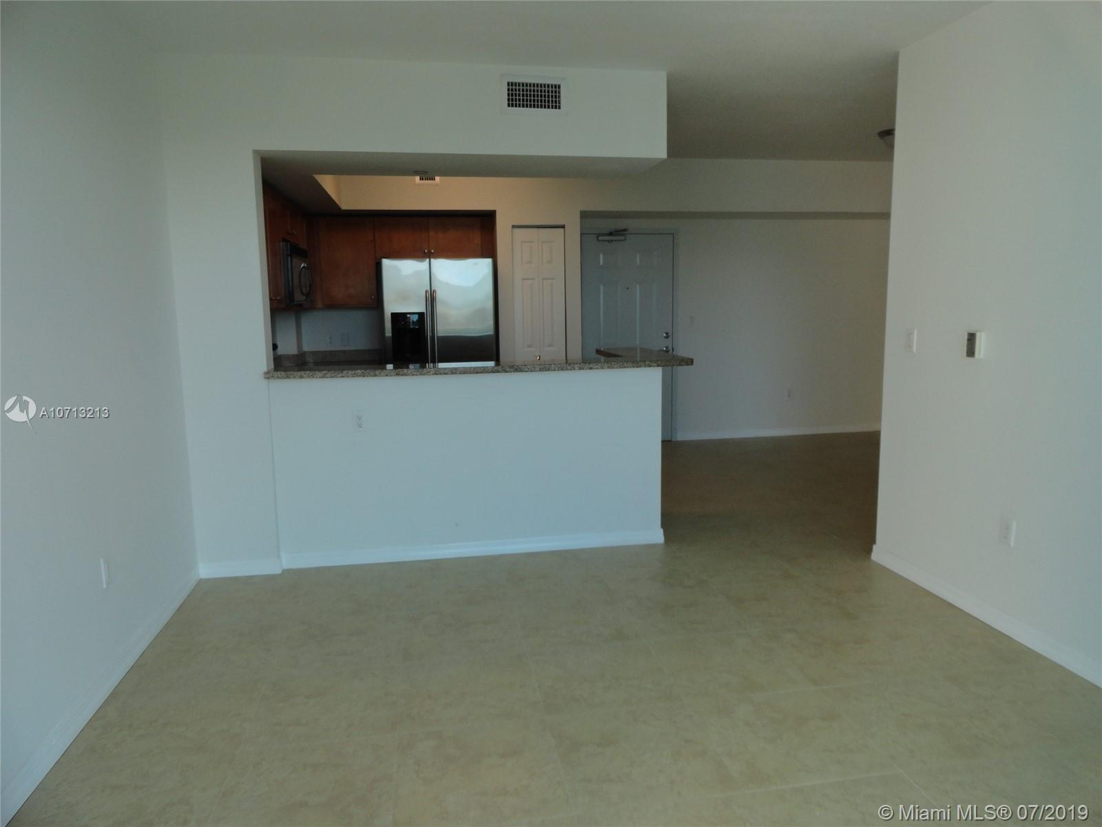 1723 SW 2nd Ave #804 photo015