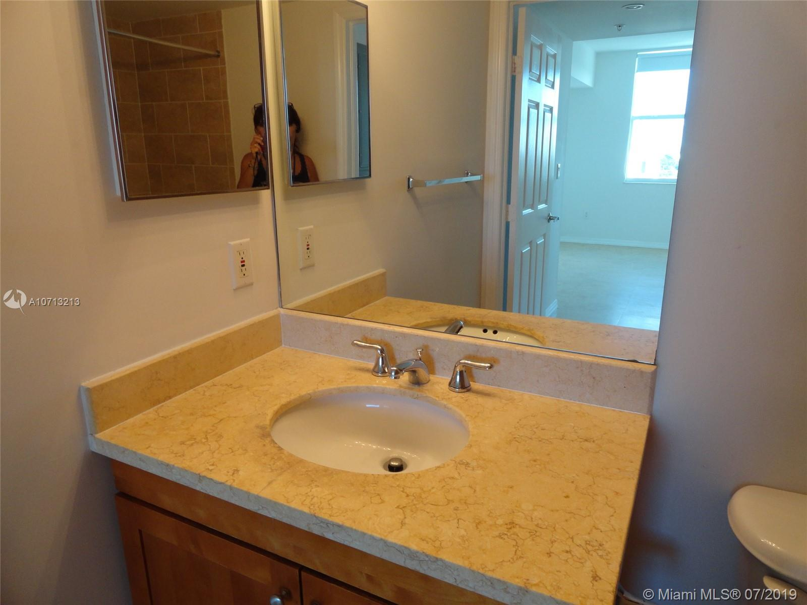 1723 SW 2nd Ave #804 photo022