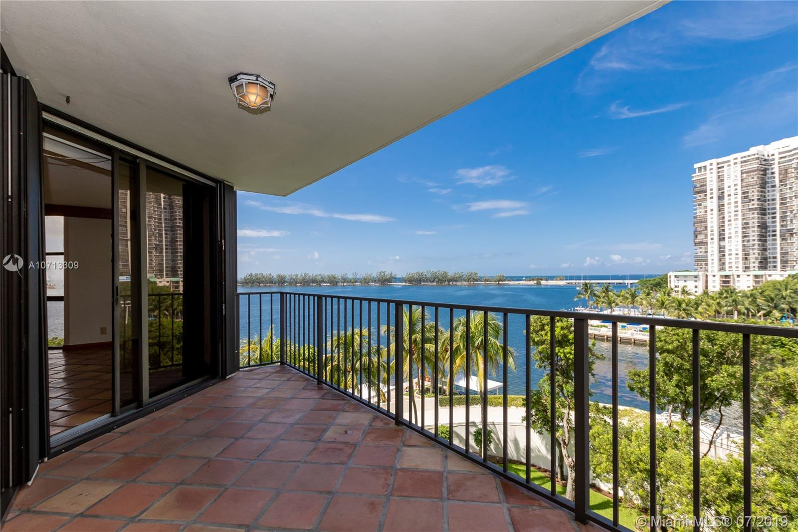 1925 Brickell Ave, D508 - Miami, Florida