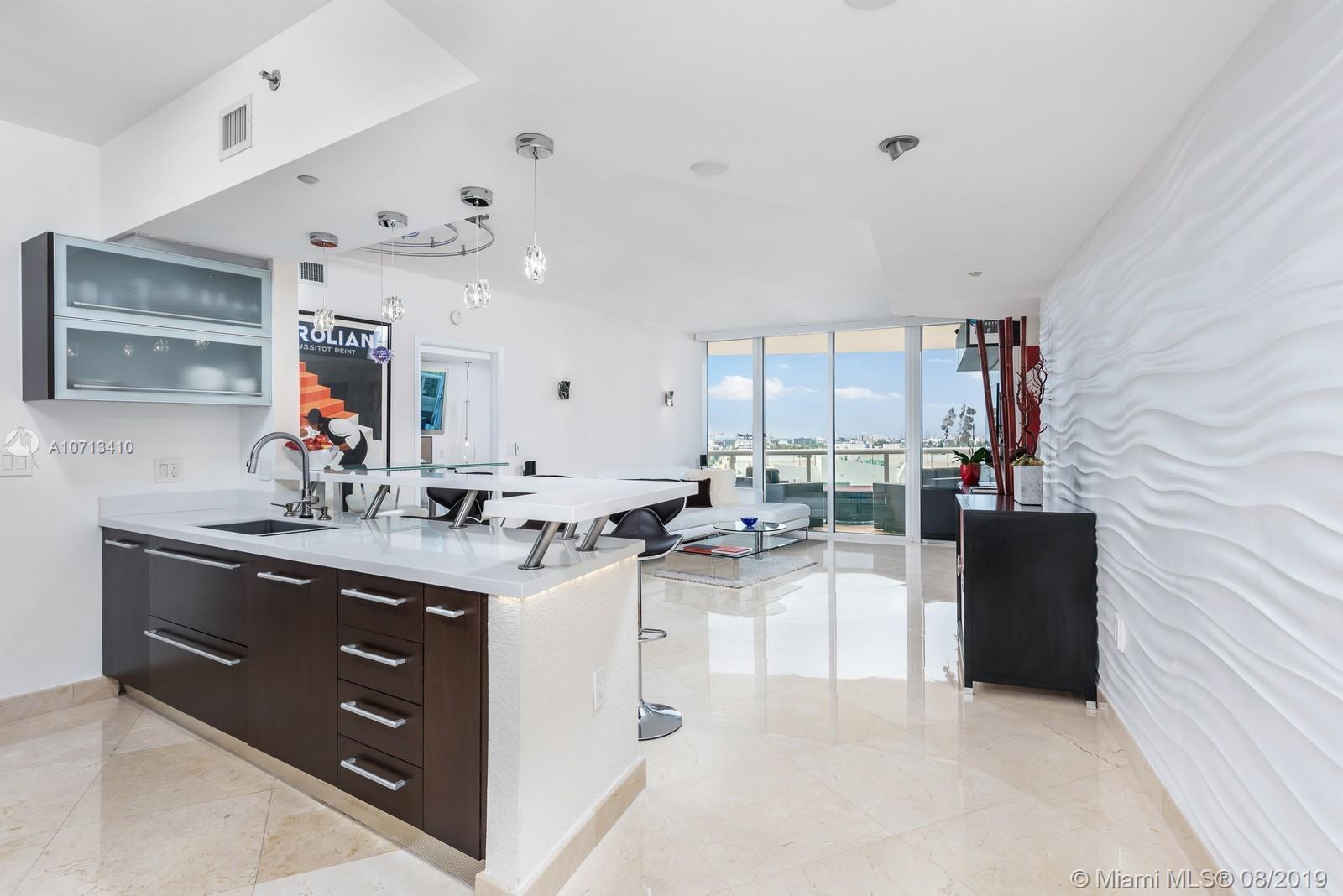 400 Alton Rd, 1105 - Miami Beach, Florida