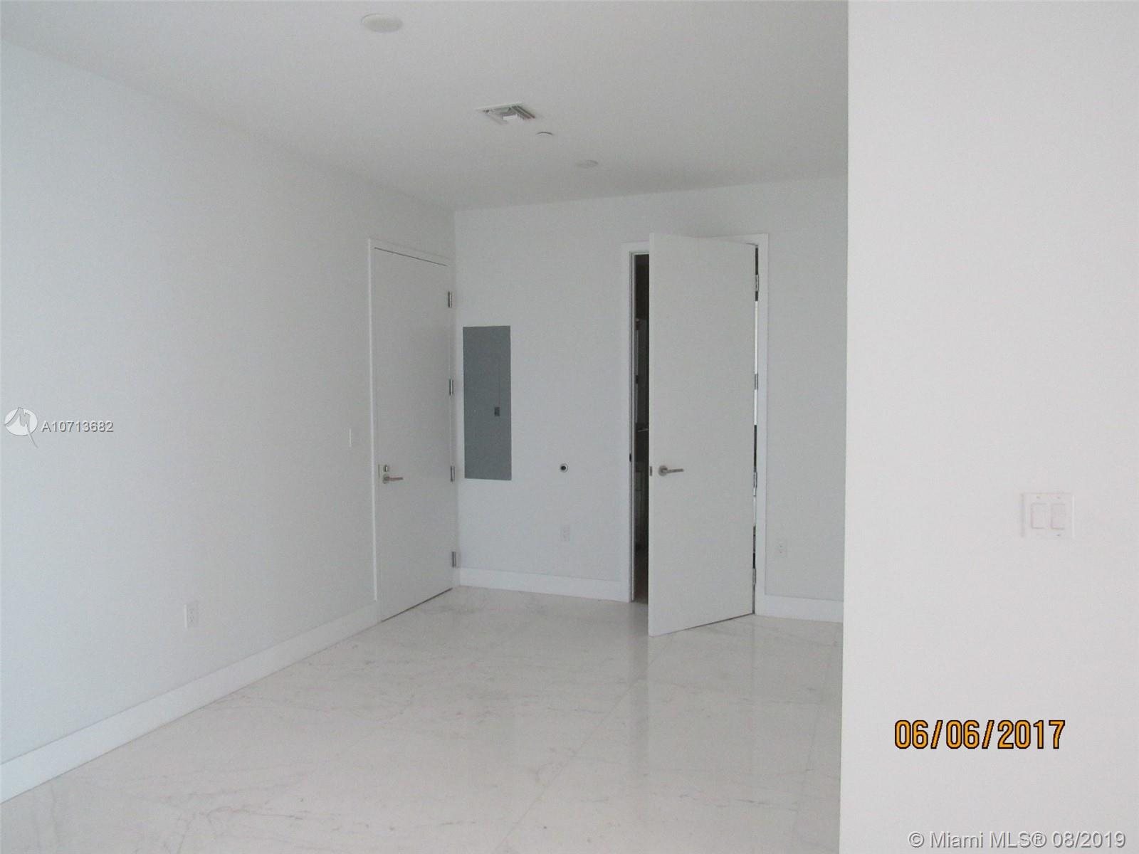 Property 17475 Collins Ave #2003 image 11