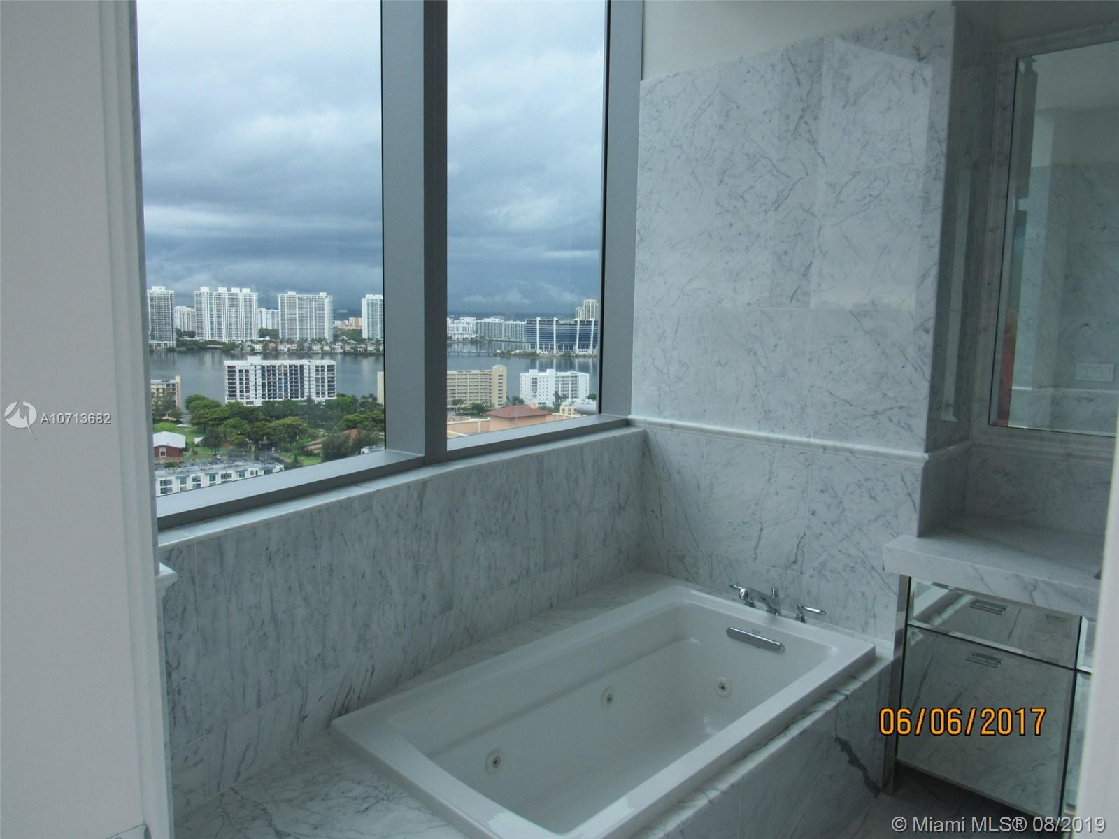 Property 17475 Collins Ave #2003 image 39