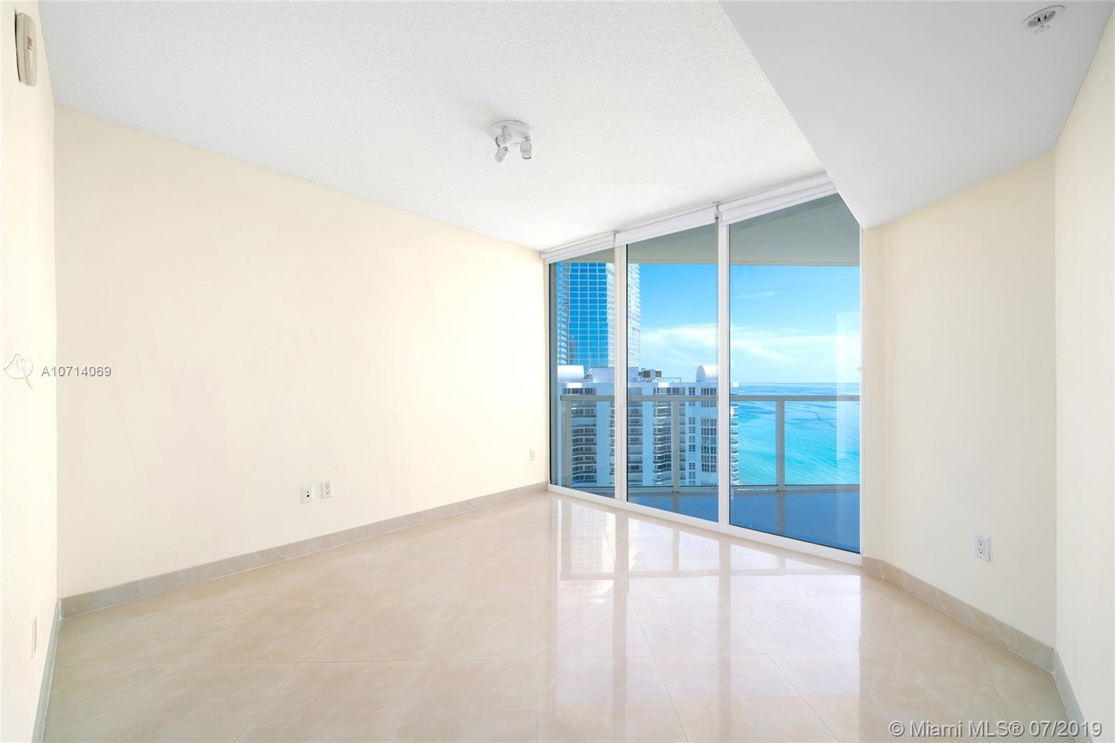 16699 Collins Ave #2905 photo08