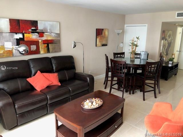 5161 Collins Ave #1510 photo01