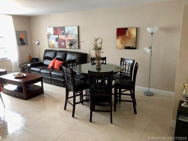 5161 Collins Ave #1510 photo02