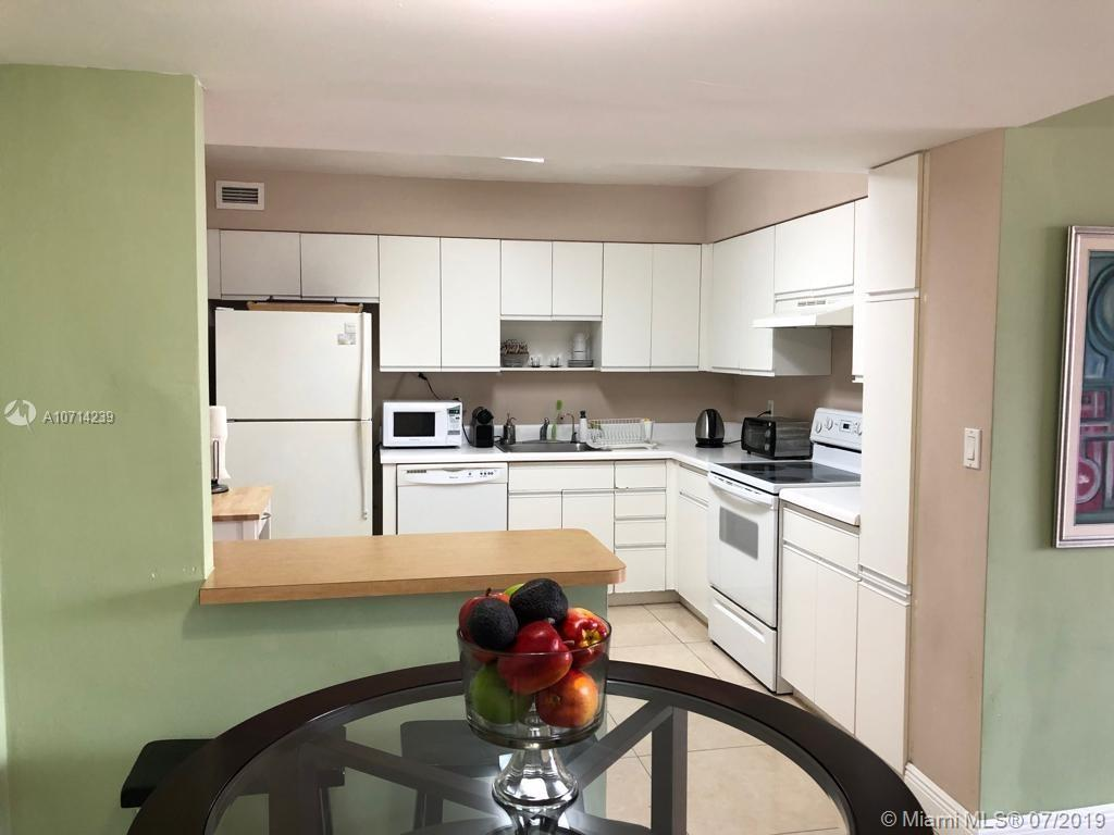 5161 Collins Ave #1510 photo04