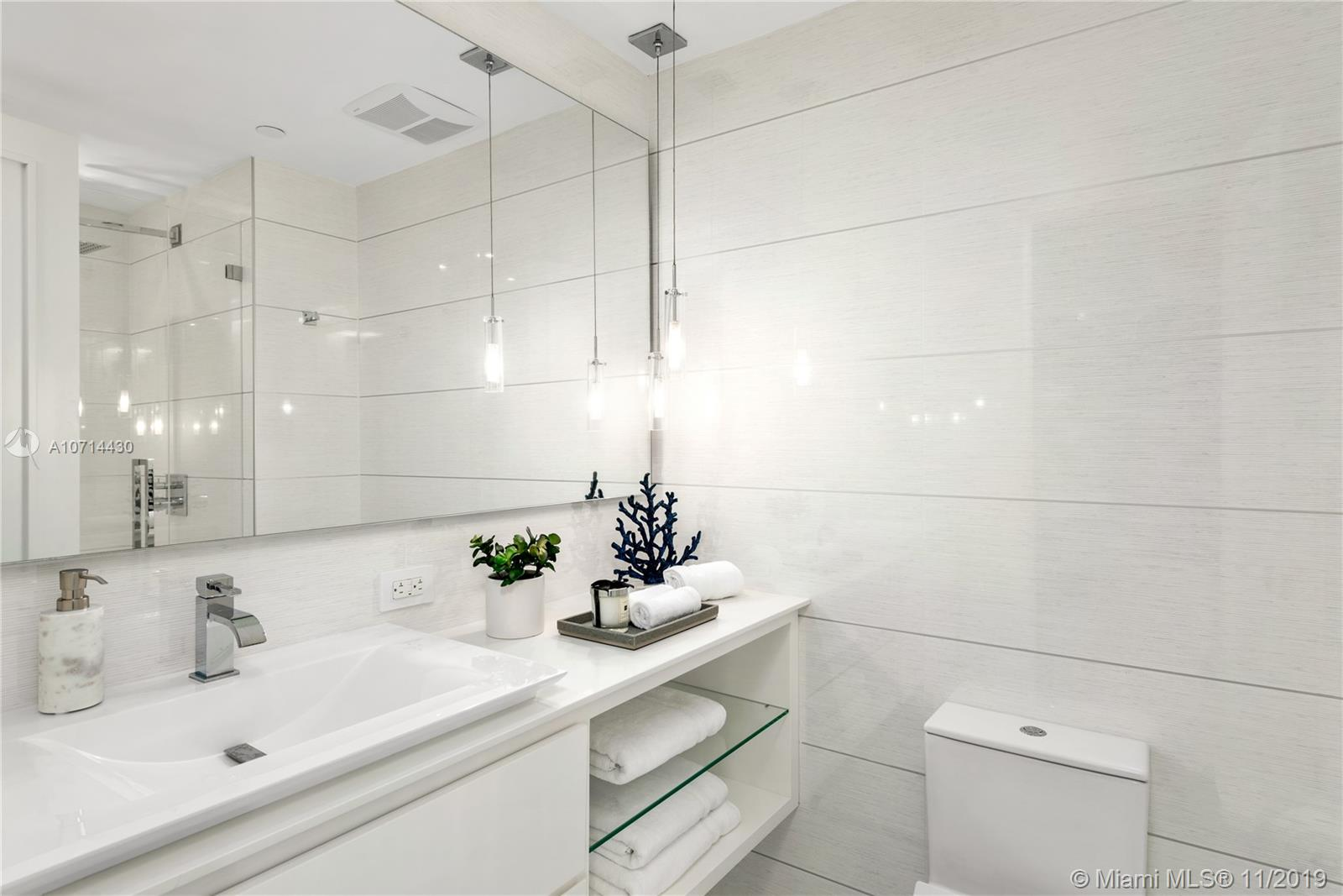 7964 Fisher Island Dr #7964 photo027
