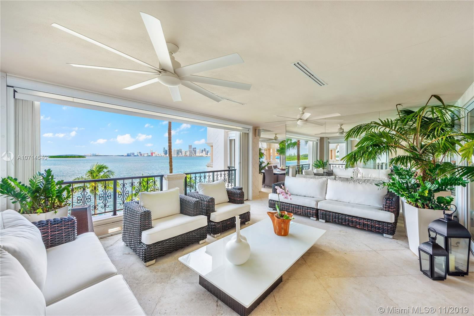 5242 Fisher Island Dr #5242 photo03