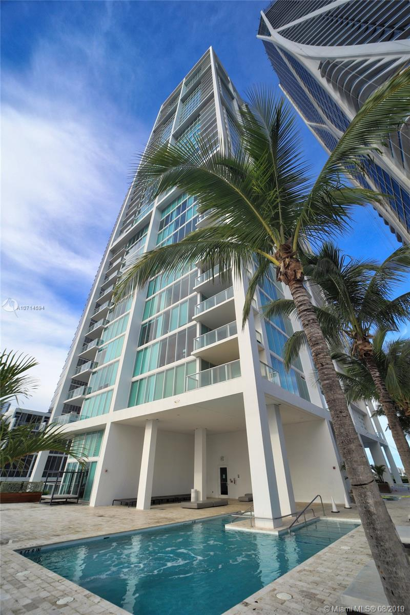 1040 Biscayne Blvd #2205 photo01