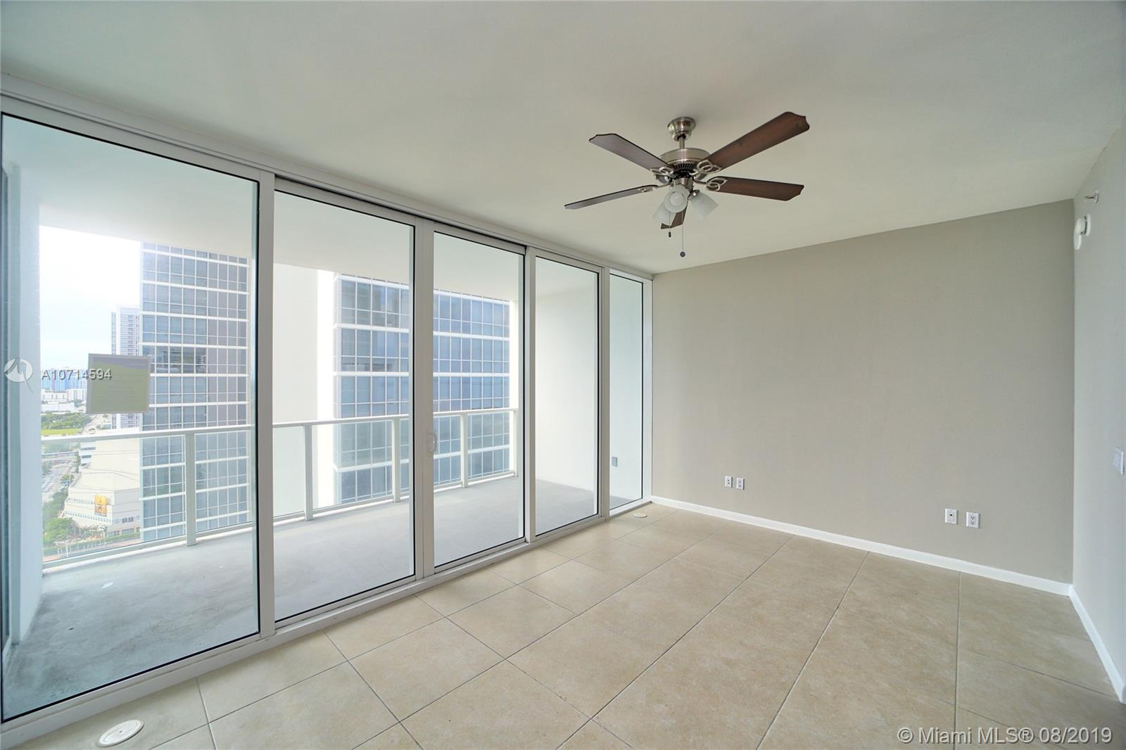 1040 Biscayne Blvd #2205 photo013