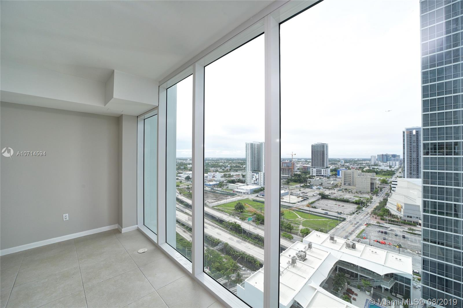 1040 Biscayne Blvd #2205 photo018