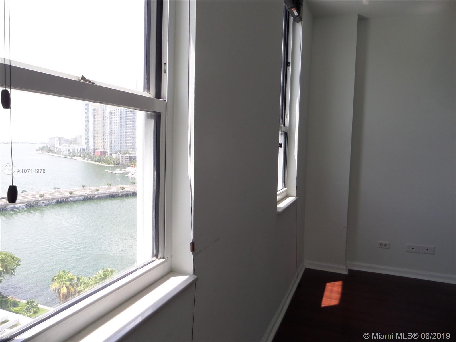 701 Brickell Key Blvd #1511 photo07