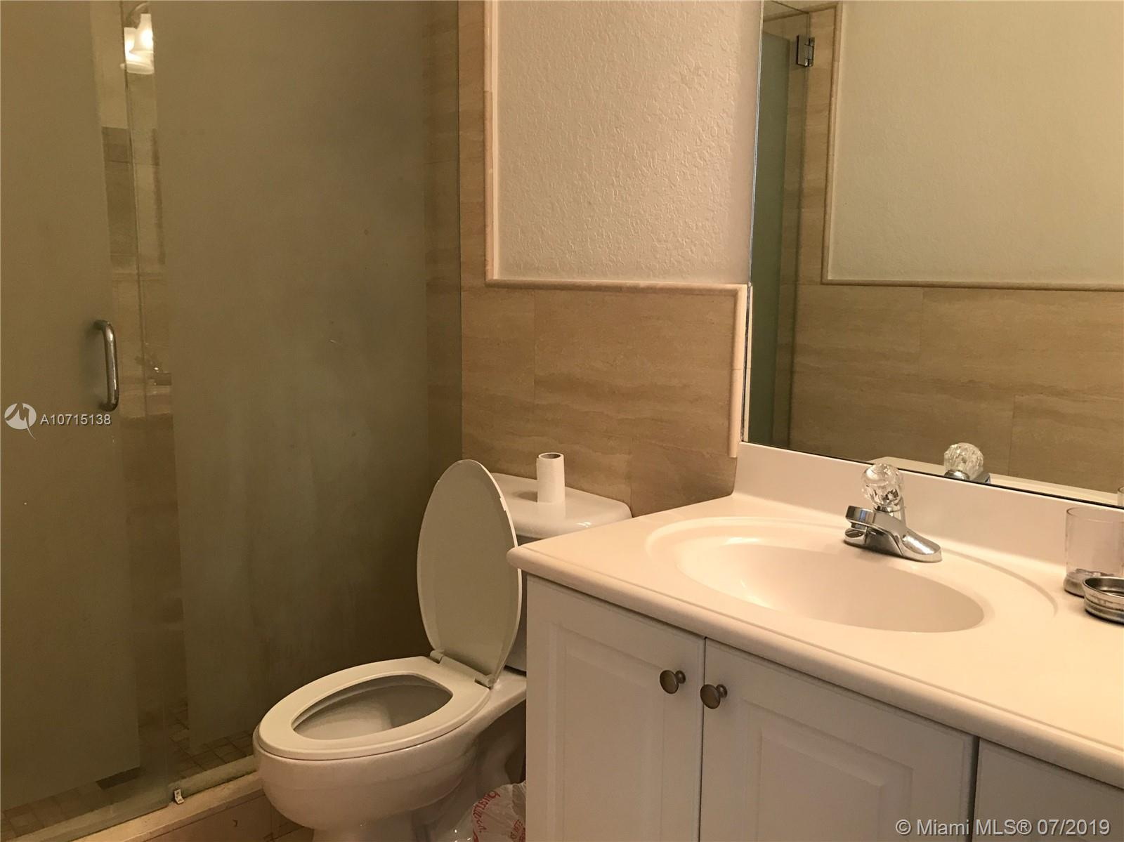 8691 NW 109th Ct photo012