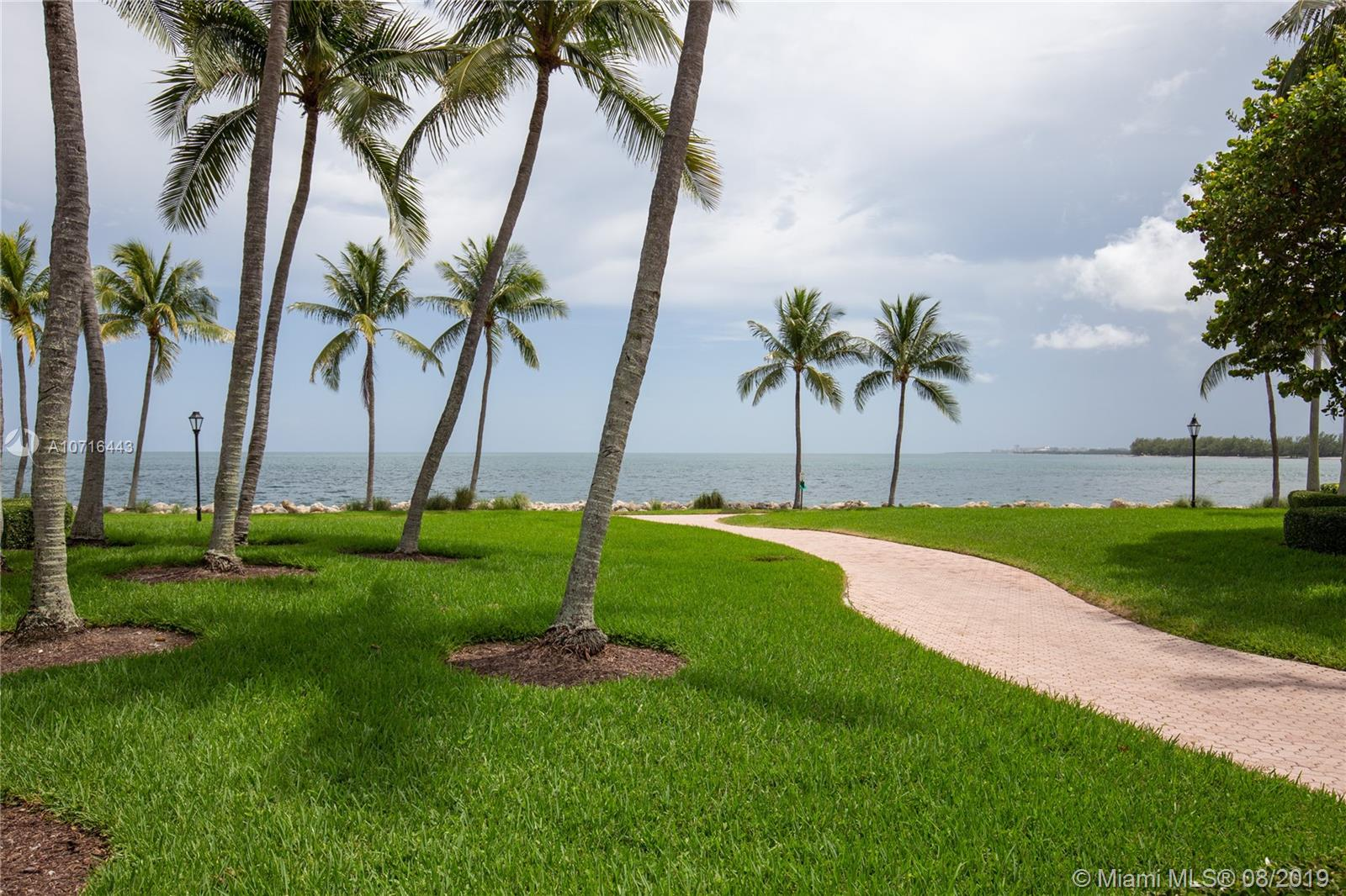 15411 Fisher Island Dr #15411 photo013