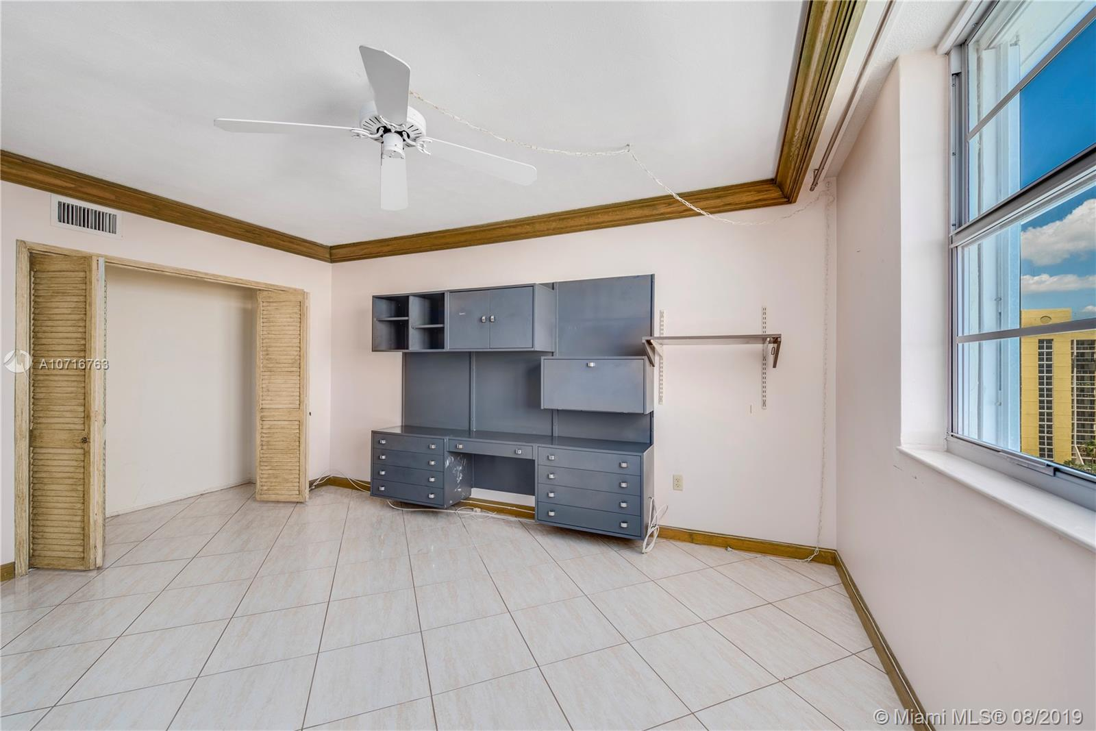 5825 Collins Ave #11F photo014