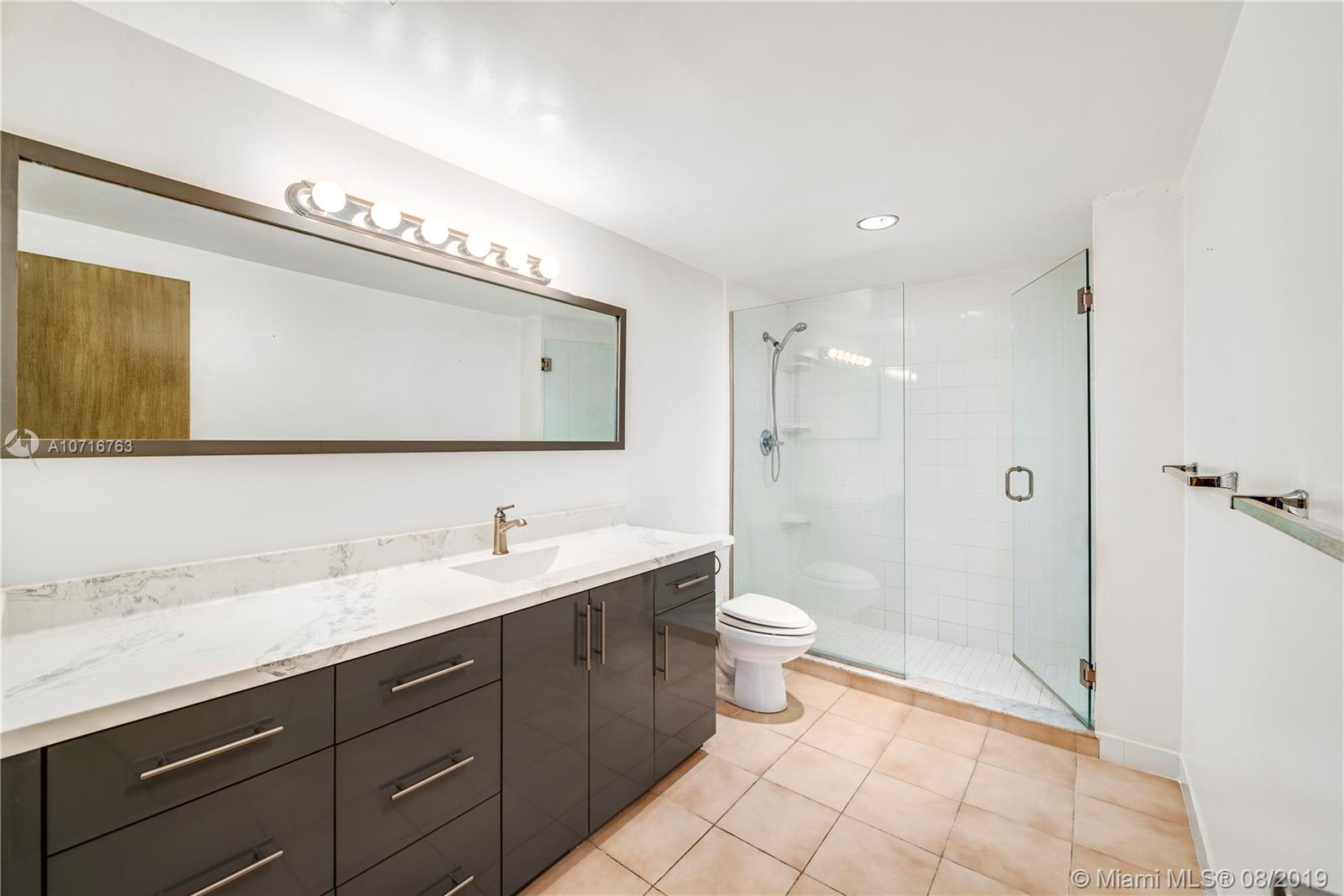 5825 Collins Ave #11F photo021