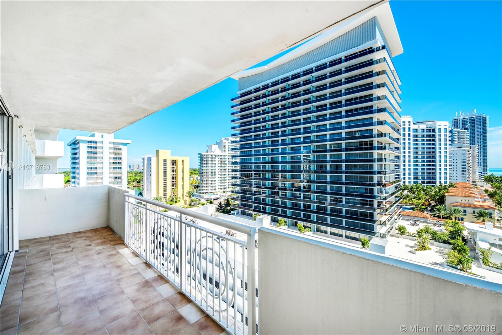 5825 Collins Ave #11F photo026