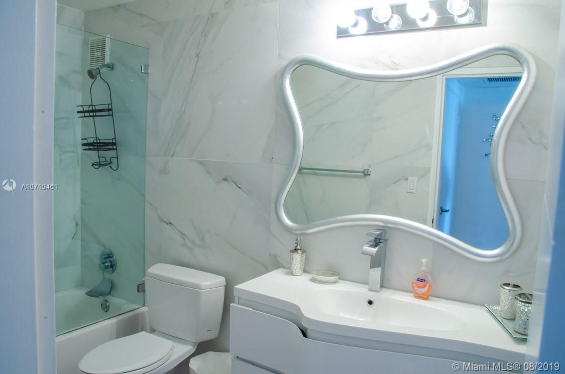 5601 Collins Ave #1220 photo028
