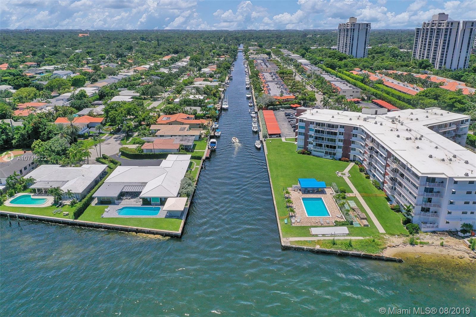 Miami Shores #B-12 - 24 - photo