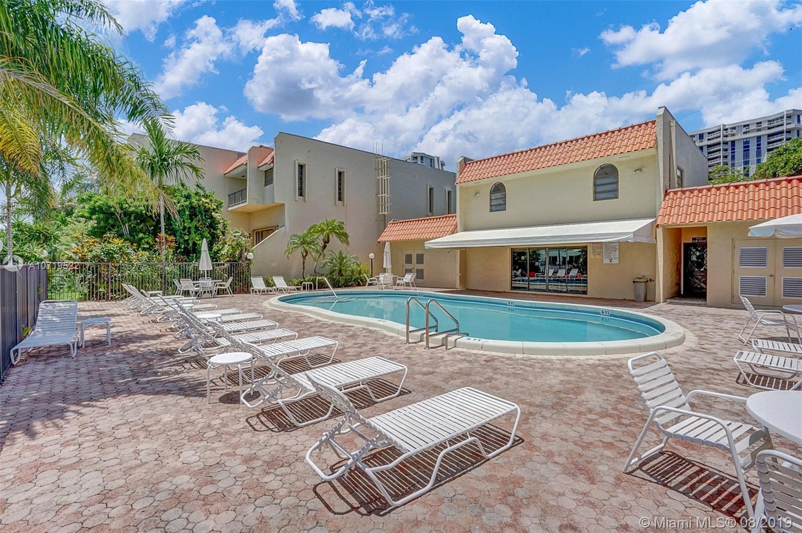 Miami Shores #B-12 - 38 - photo