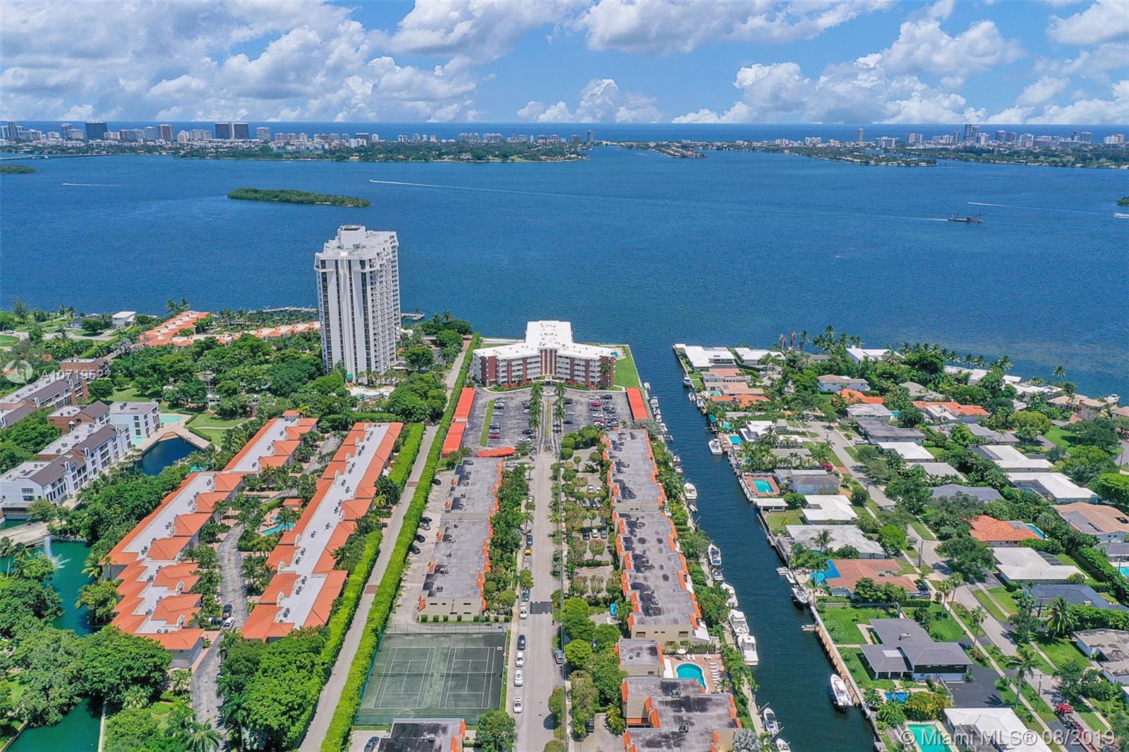 Miami Shores #B-12 - 41 - photo