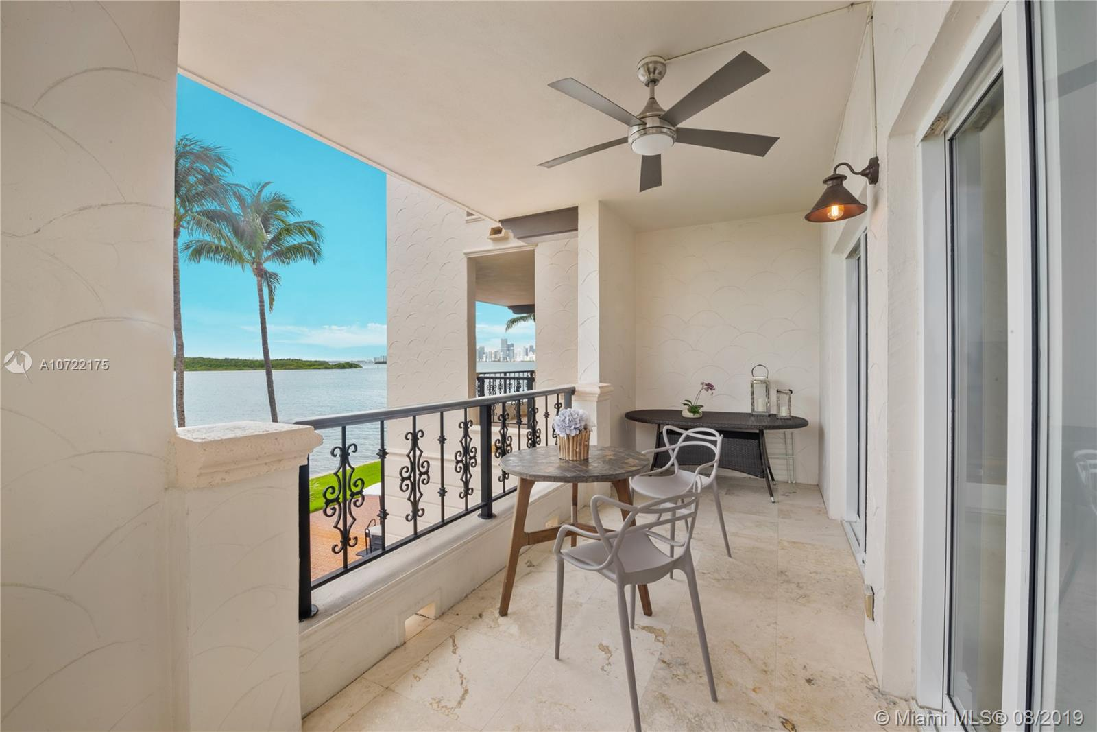 2422 Fisher Island Dr #5202A photo023