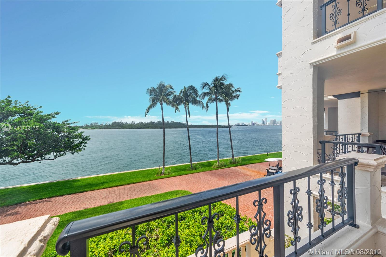 2422 Fisher Island Dr #5202A photo026