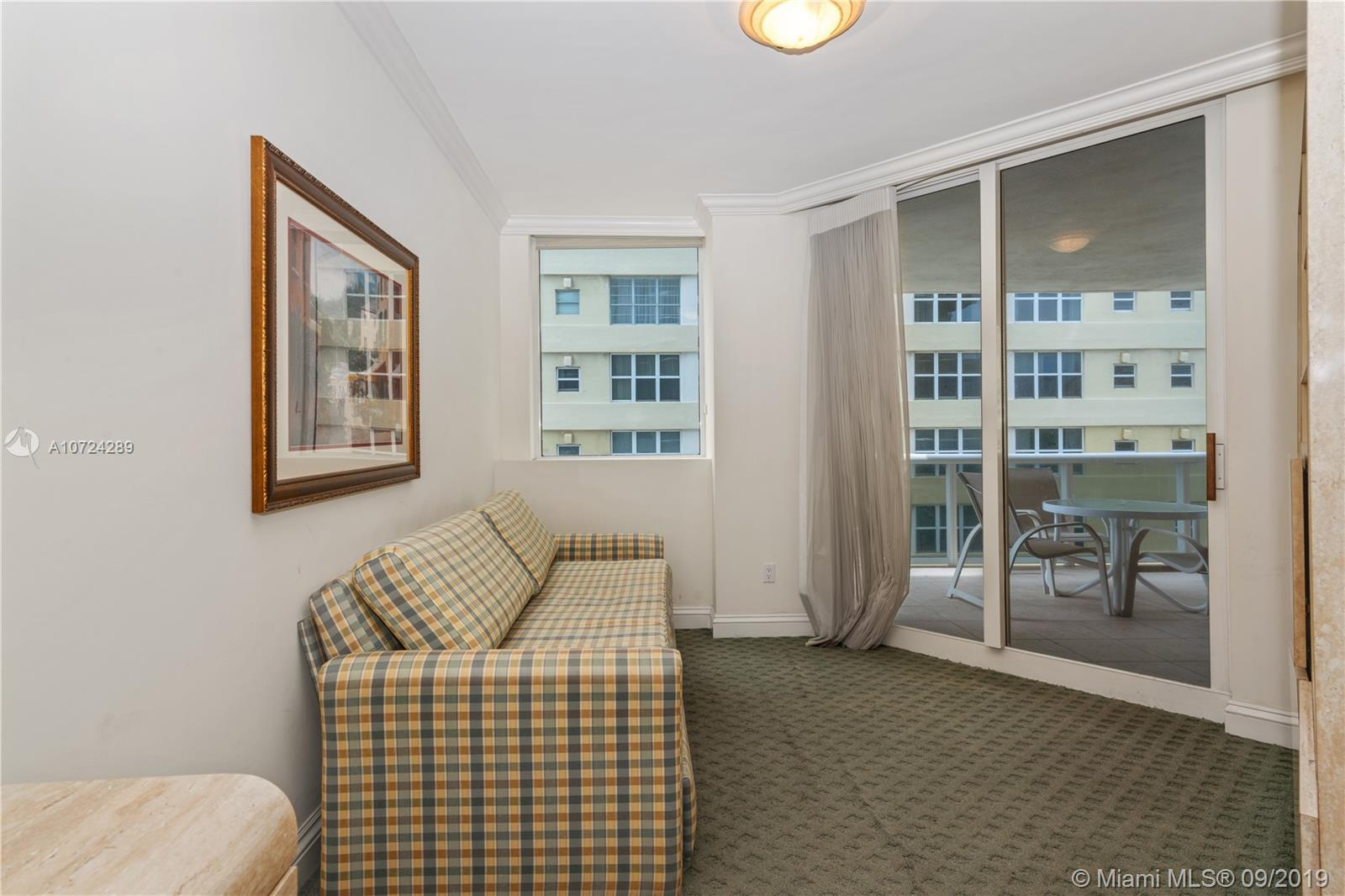4775 Collins Ave #504 photo07