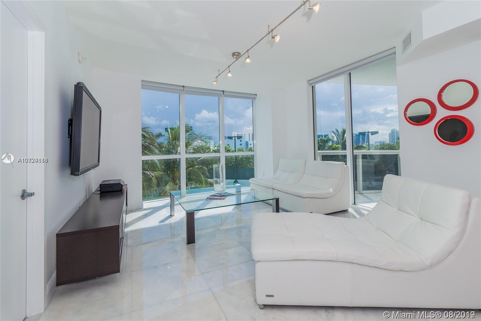 18201 Collins Ave #501A photo01