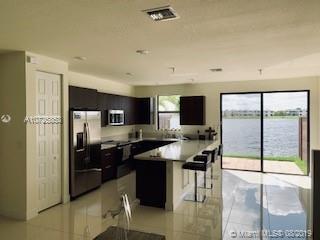 Miami Lakes #9070 - 02 - photo