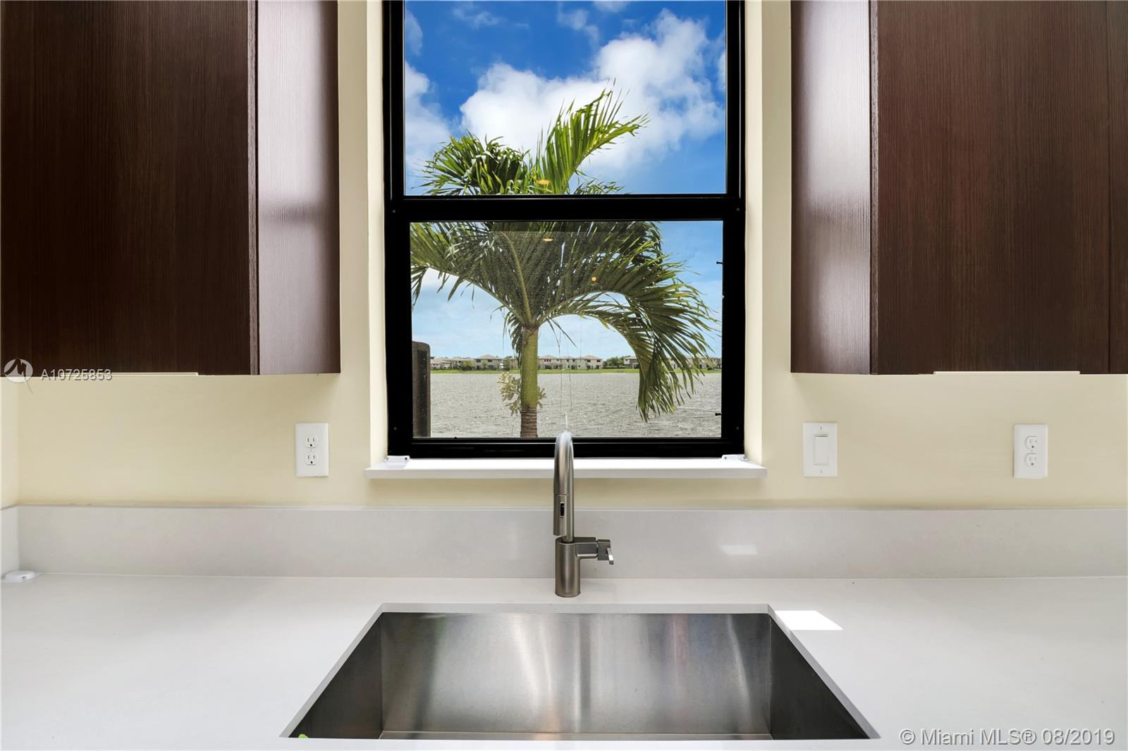 Miami Lakes #9070 - 09 - photo