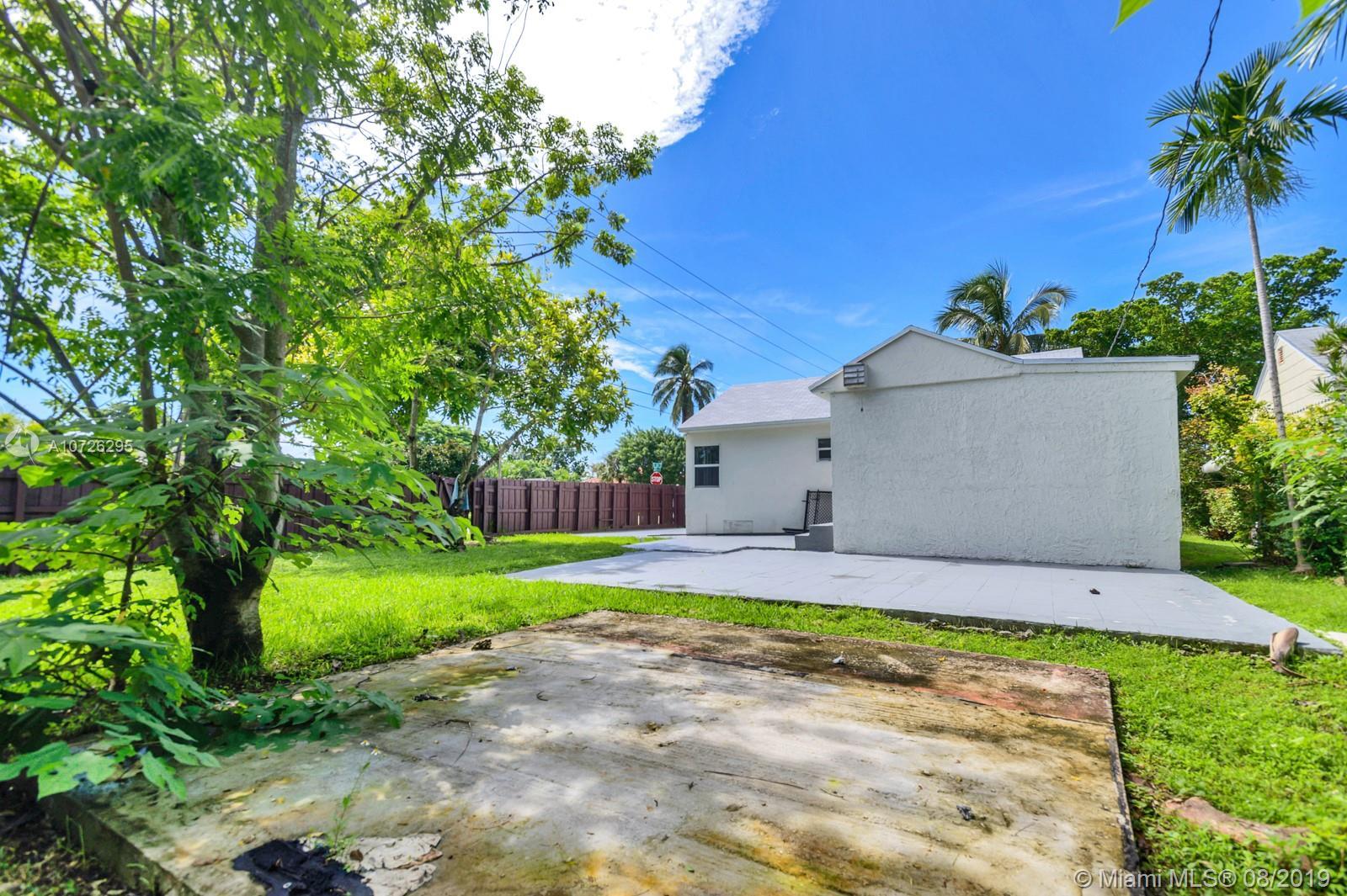 Central Miami # - 04 - photo