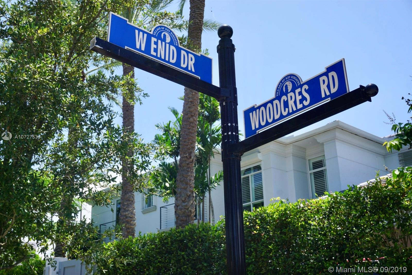 662 Woodcrest Rd photo08