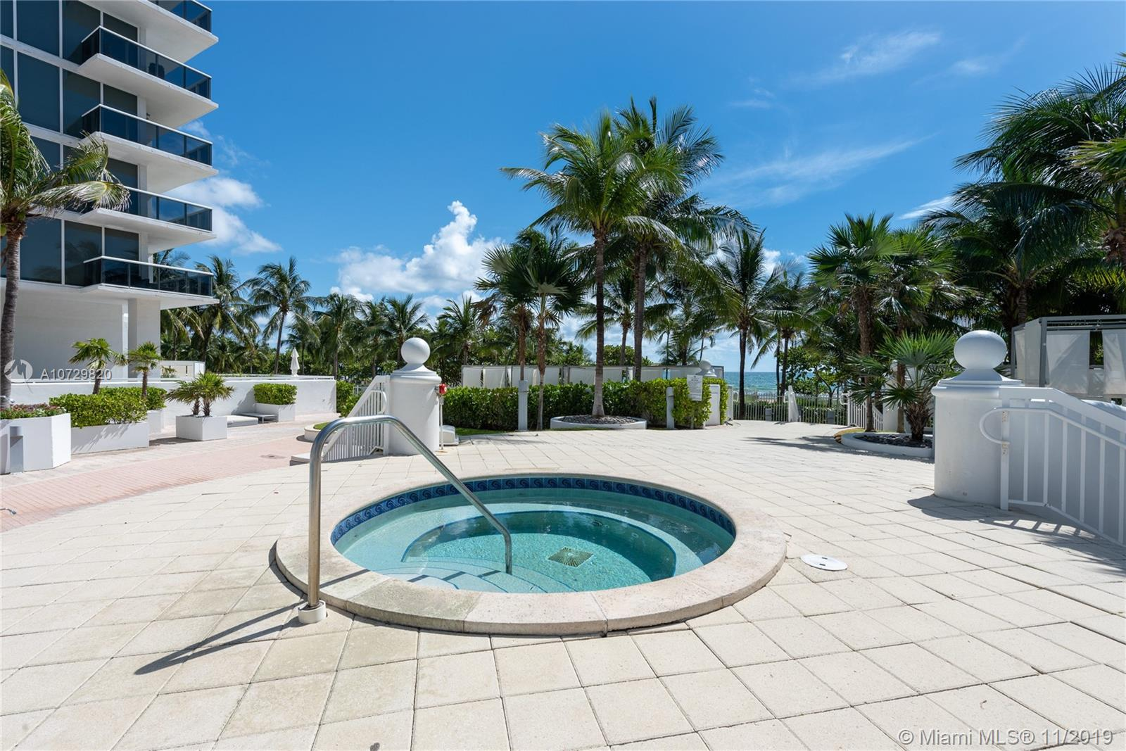 10275 Collins Ave #1524 photo021
