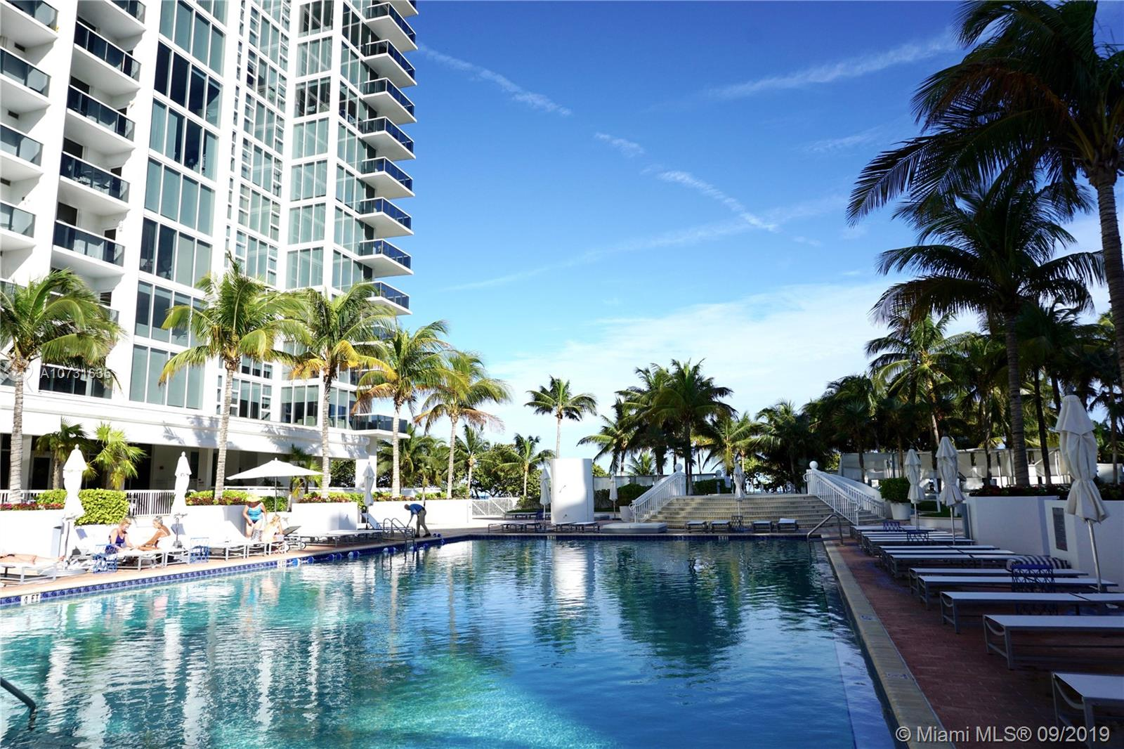 10275 Collins Ave, 323 - Bal Harbour, Florida