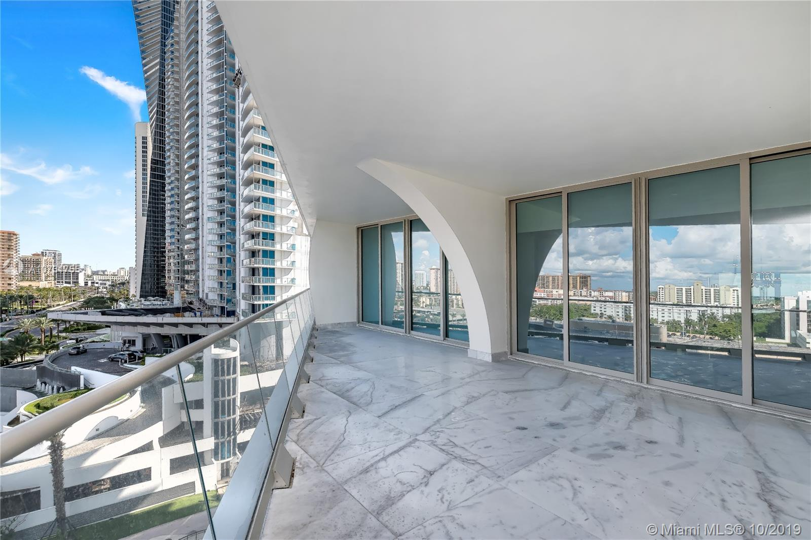 16901 Collins Ave #803 photo06