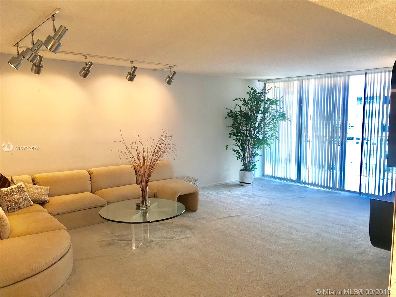 18051 Biscayne Blvd #1001 photo01